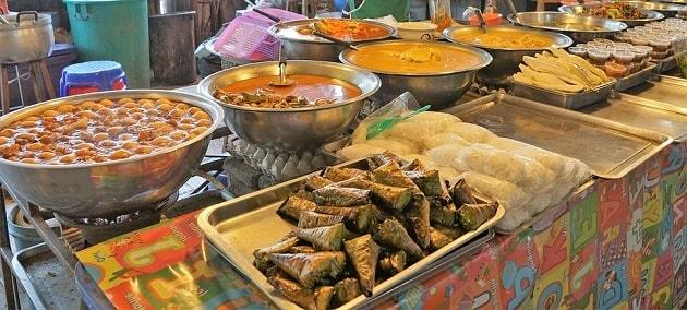 Geleneksel Balkan Yemekleri - Yoğurtlu Muhacir Köftesi